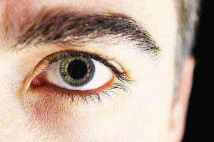 Häufige Nebenwirkung von MDMA und Ecstasy sind erweiterte Pupillen.