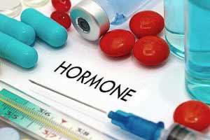 Progesteronmangel lässt sich durch eine Hormontherapie behandeln.