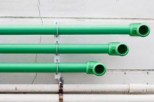 Schwermetalle im Trinkwasser sind vermeidbar durch den Austausch alter Wasserleitungen durch Kunststoffrohre.